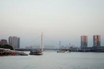 广州 珠江猎德大桥和建筑群风景