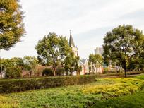 城市中的天主教堂祈祷圣地摄影