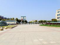 医院广场高清摄影图