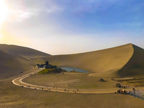 沙漠绿洲月牙泉
