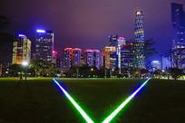 珠江新城建筑群灯饰绚丽
