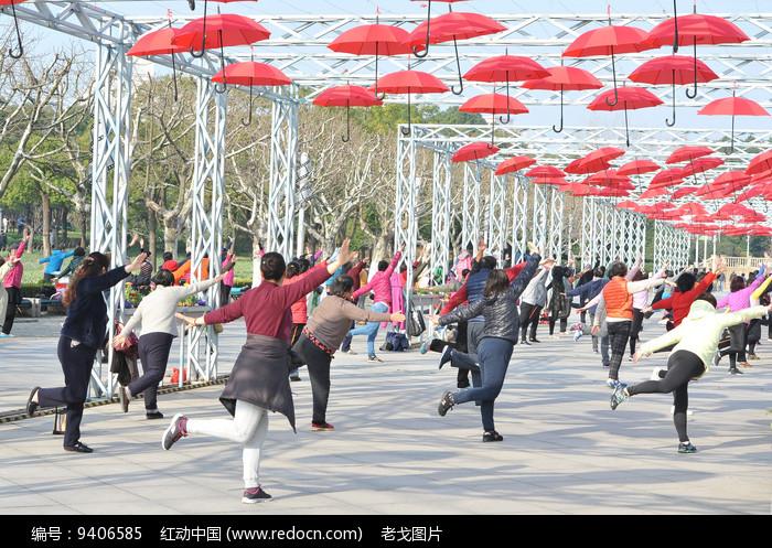 广场舞图片