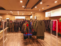 韩版服饰店