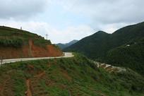 山里的环山路