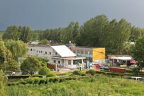 暴雨来临之前的村落