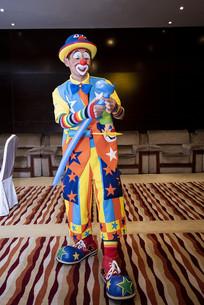 小丑玩气球