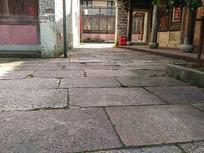大院地面原石铺装