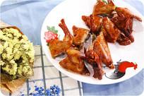 中华美食红烧乳鸽