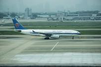 大客机拍摄
