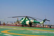 泰达航空母舰上的直升飞机