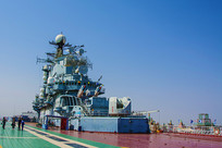 泰达航母甲板上舰岛全图
