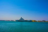 海上的基辅号航空母舰