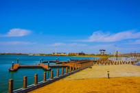 泰达航母公园广场海岸与大海