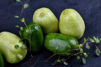 小乳瓜菜品摆盘