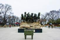 秦始皇出行车马队伍前雕与香鼎