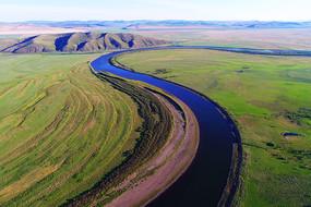 蓝色河流 绿色牧场