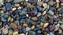 海边的鹅卵石