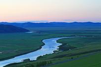 草原河湾黄昏夕阳
