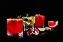 水果鸡尾酒海报图片
