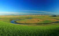 额尔古纳河绿色牧场