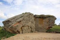 克什克腾的石林岩石