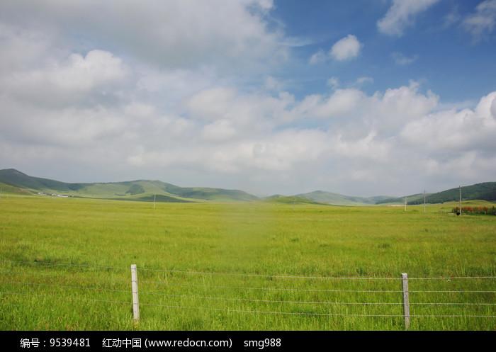 内蒙草原的辽阔牧场图片