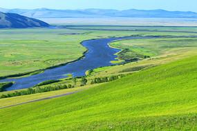 辽阔牧场 蓝色河流