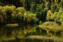 美丽的属都湖