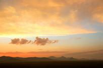 火烧云五彩云朵美景