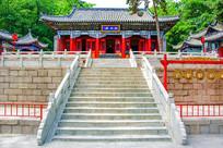 千山财神庙财神殿与石阶