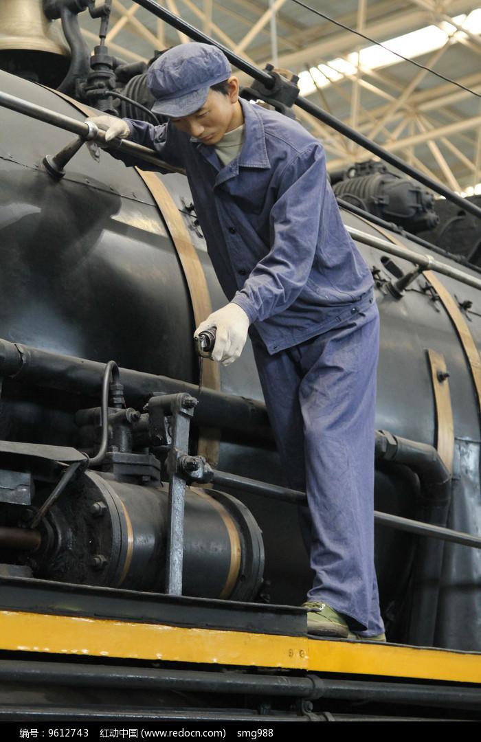 火车司机蜡像图片