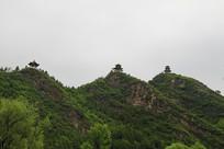三联峰山顶亭子