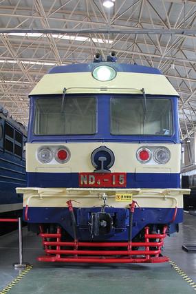 早期ND电气火车车头