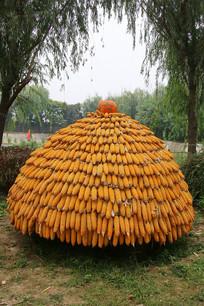 金色的玉米垛子