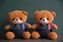 可爱的小熊兄妹毛绒玩具