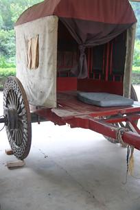 老物件马车车厢