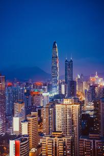 竖幅京基帝王周围的城市夜景