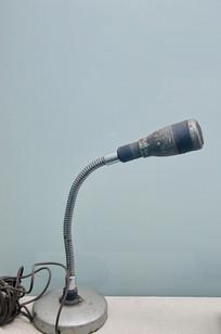 70年代麦克风设备