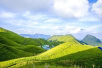 山顶的草原