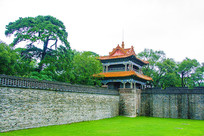 沈阳清福陵方城西北角楼与城墙