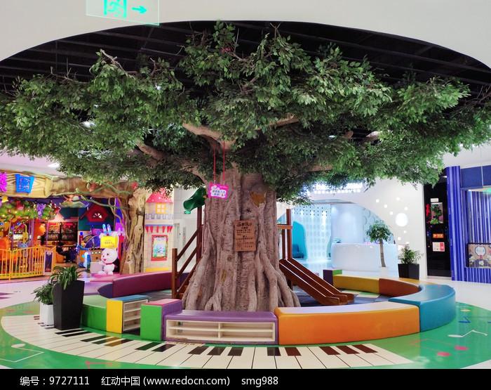 商场大树人工古树图片