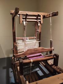 纺织机具织布机