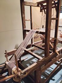 古代纺织布机