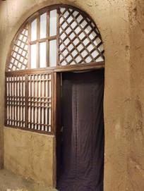 苏区保育院窑洞门窗复原