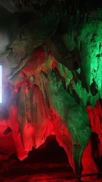 五彩灯光溶洞钟乳石瀑布
