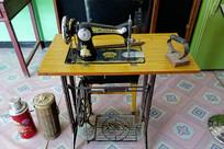 蝴蝶牌缝纫机