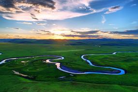 莫日格勒河牧场暮色