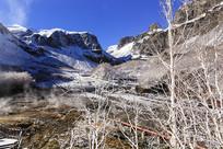 长白山天池北坡白雪温泉
