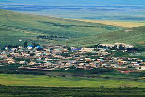 中俄界河对岸俄罗斯边塞村庄