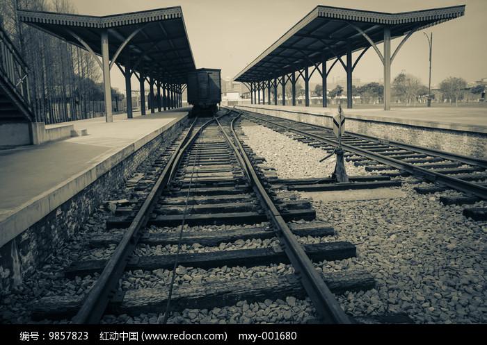怀旧车站老火车图片